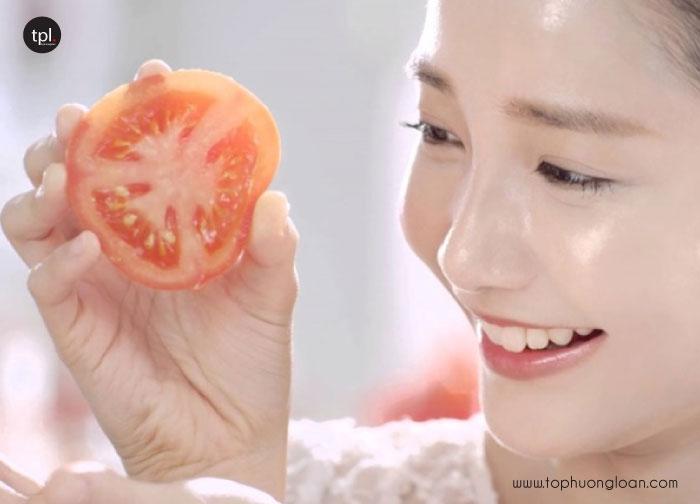 Da căng bóng, trắng mịn với cà chua